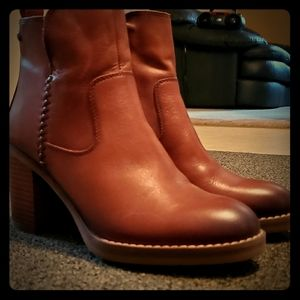 COPY - PIKOLINOS Brown Leather Ankle Boots